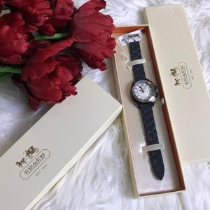 Coach boyfriend watch with box and tags